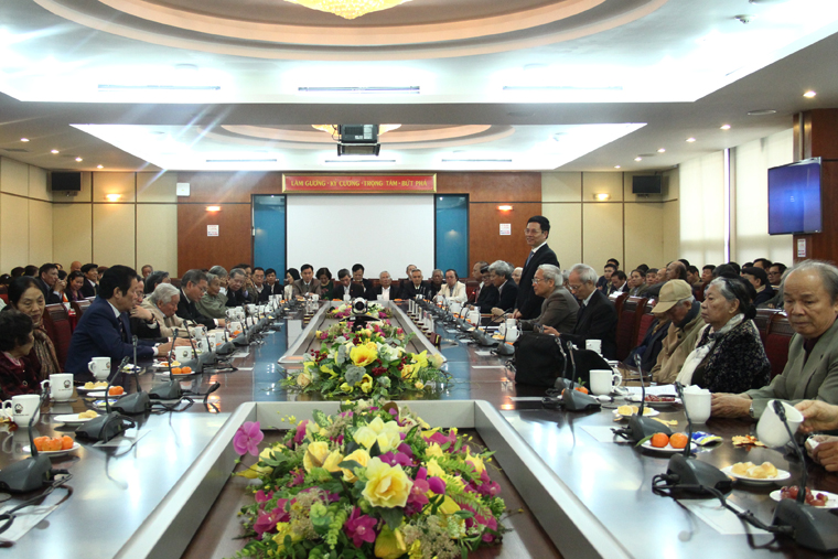 Bộ TT&TT gặp mặt cán bộ hưu trí và các cán bộ Ban An toàn khu nhân dịp Tết Canh Tý 2020